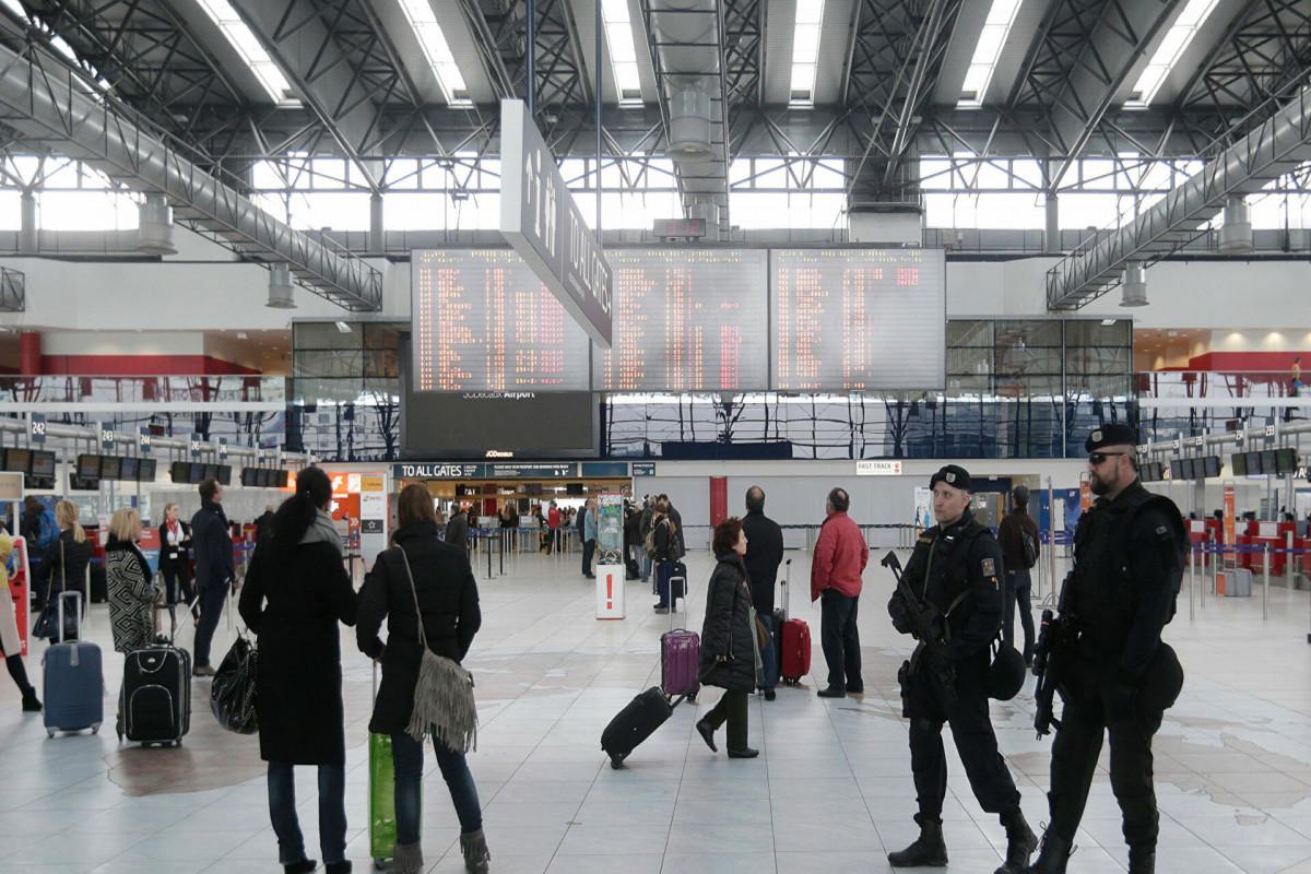 Минздрав Чехии запретил поездки в Россию