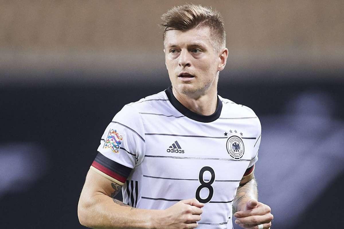 Toni Kroos milli karyerasını başa vurub