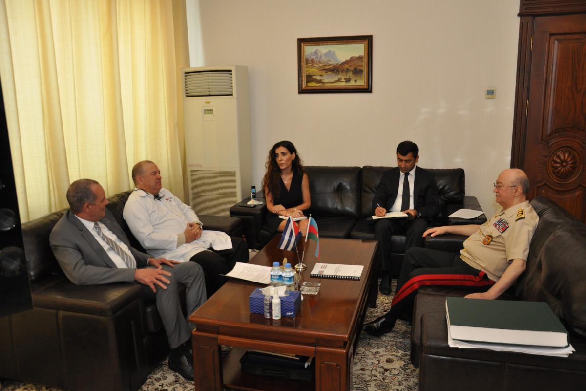 Министр по чрезвычайным ситуациям Кямаледдин Гейдаров встретился с послом Кубы -ФОТО