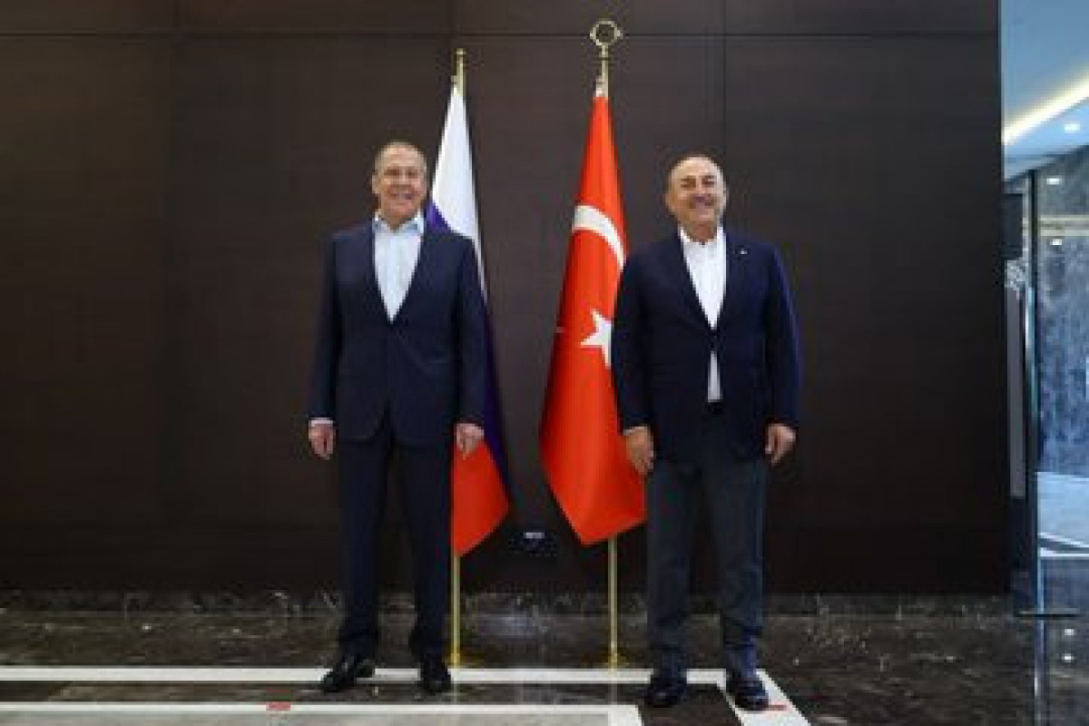 Turkish and Russian FMs meet-PHOTO