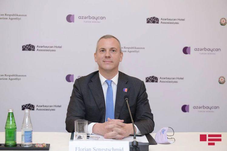 Бюро туризма Азербайджана: Создание туристического комплекса на территории грязевого вулкана в Гобустане отложено