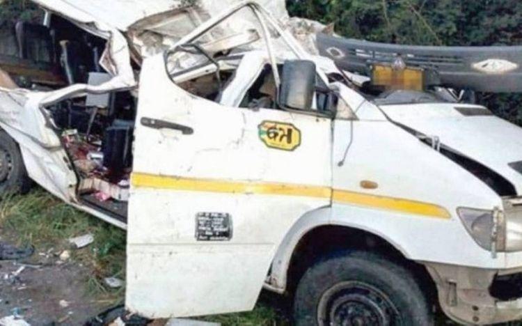 Qanada avtobusun aşması nəticəsində 8 nəfər ölüb, 22 nəfər yaralanıb