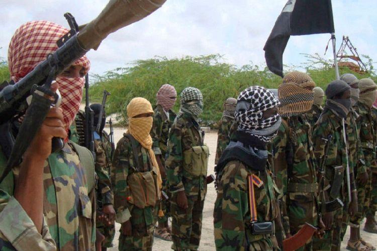 Mozambikin Palma şəhərində silahlı qruplaşmalar onlarla insanı öldürüb