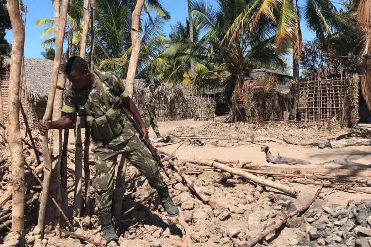 Mozambikdə silahlı qruplaşmaların hücumundan sonra 800-dən çox adam itkin düşüb
