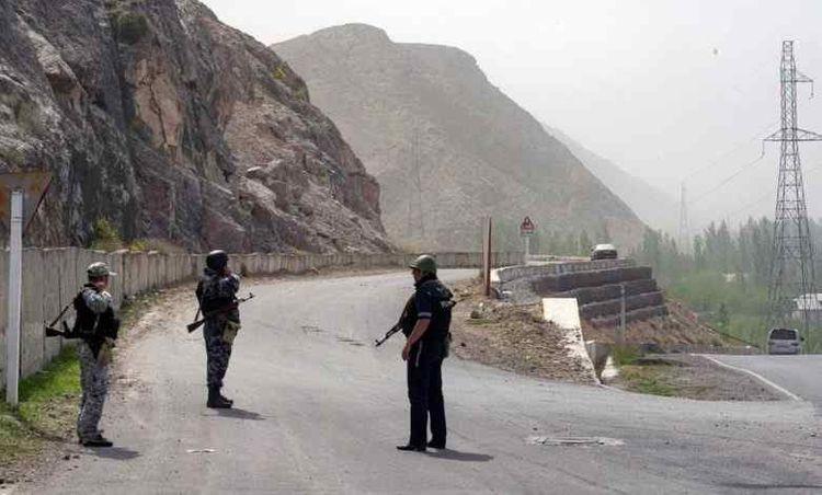 Bishkek, Dushanbe should avoid clashes in the future, says Kyrgyz president