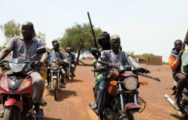 Burkina-Fasoda radikal islamçı qrupun kəndə hücum edərək 30 nəfəri öldürüb