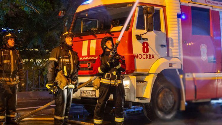Три человека погибли при пожаре в гостинице в Москве