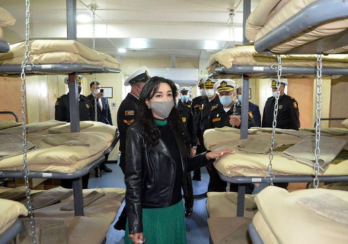 Ombudsman Hərbi Dəniz Qüvvələrinin hərbi hissəsində olub