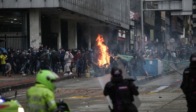 KİV: Kolumbiyada etiraz aksiyaları zamanı 87 nəfər itkin düşüb