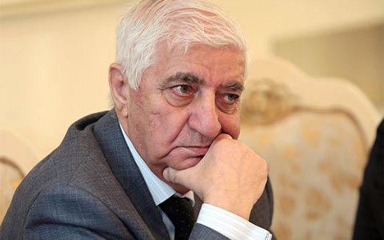 Умер народный поэт Азербайджана Фикрет Годжа