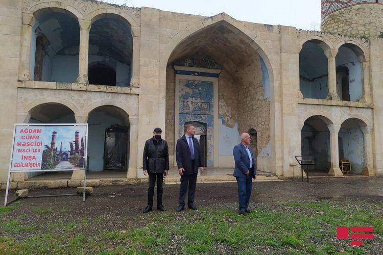 Российский депутат побывал в агдамской мечети Джума