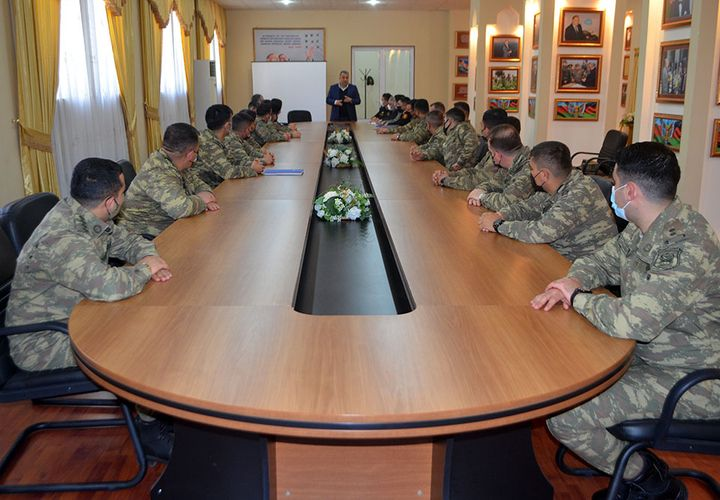 Azerbaijani MoD: Regular classes for participants of the Officers Psychological Skills Improvement Courses held