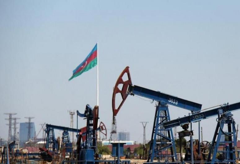 Цена азербайджанской нефти приближается к 70 долларам