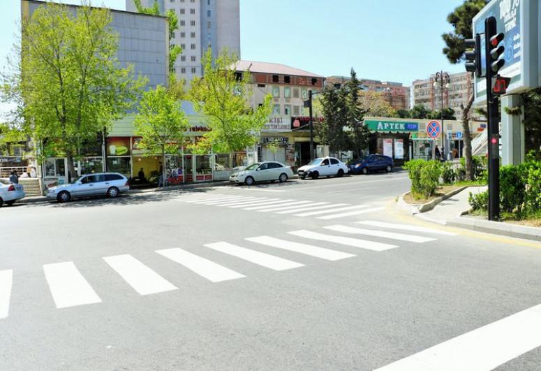 Ограничивается движение на одной из центральных улиц Баку