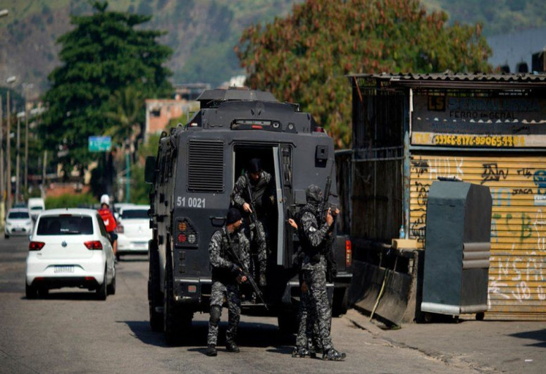 """At least 25 killed in Rio de Janeiro shootout-<span class=""""red_color"""">VIDEO</span>"""