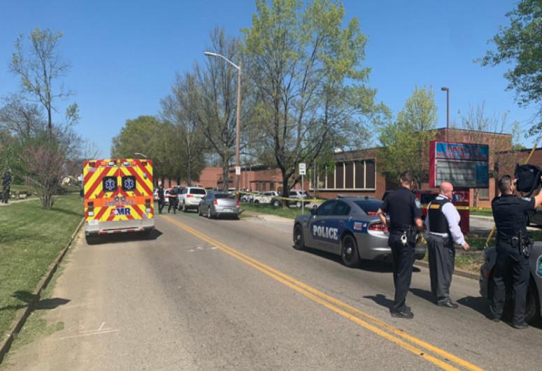 В США шестиклассница устроила стрельбу в школе, ранены три человека