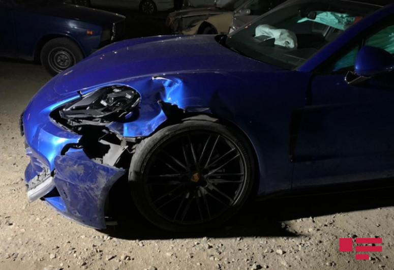 """В Баку столкнулись Porsche и KIA, есть пострадавший -<span class=""""red_color"""">ФОТО</span>"""