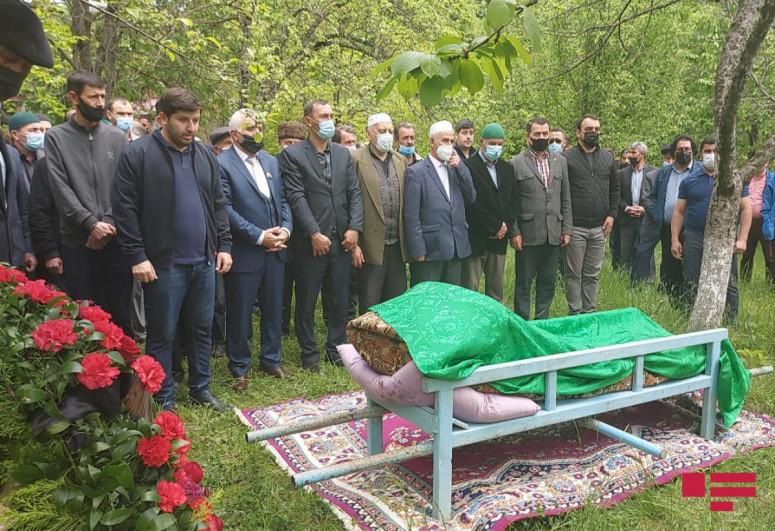 Похоронен народный поэт Муса Ягуб-<span class=