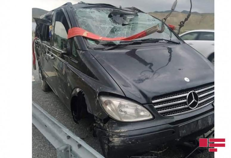 Следовавший из Баку в Загаталу микроавтобус попал в аварию-<span class=