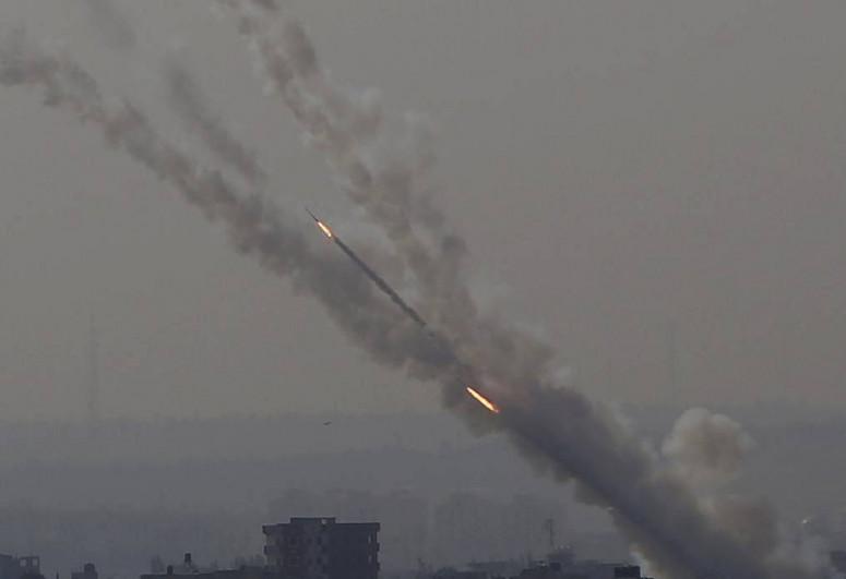 """Израиль заявил о пуске около 150 ракет из сектора Газа -<span class=""""red_color"""">ОБНОВЛЕНО</span>"""