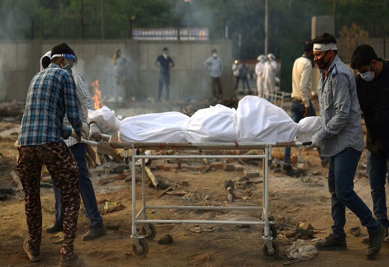 Индия вновь побила антирекорд по приросту погибших от COVID-19 за сутки