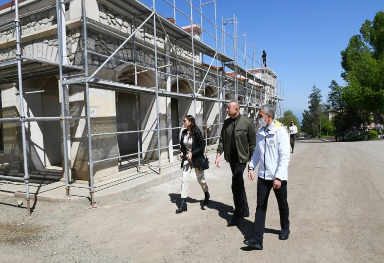 President Ilham Aliyev reviews work done at the Shusha Art Gallery