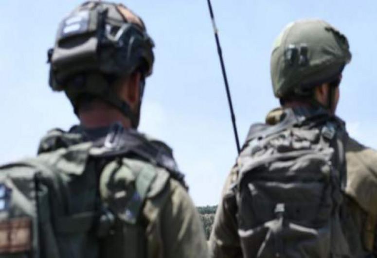 Israel sending troops to Gaza border