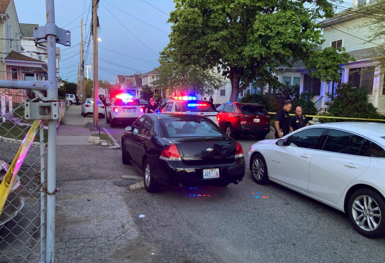 9 wounded, 3 critically, in U.S. shooting