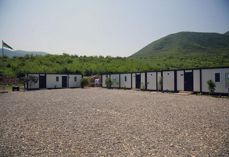 Azad olunmuş ərazilərdə indiyədək 20 modul və konteyner tipli hərbi hissə istifadəyə verilib - <span class=