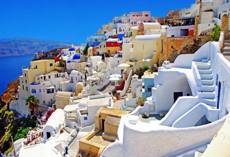 Греция открыла границы для туристов без ограничений