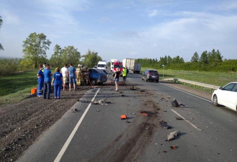 Четыре человека погибли в ДТП в Самарской области РФ