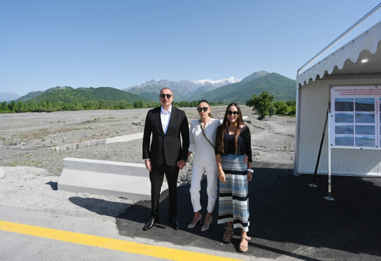 New bridge over Bum River and road to Bum settlement in Gabala district inaugurated after renovation-<span class=