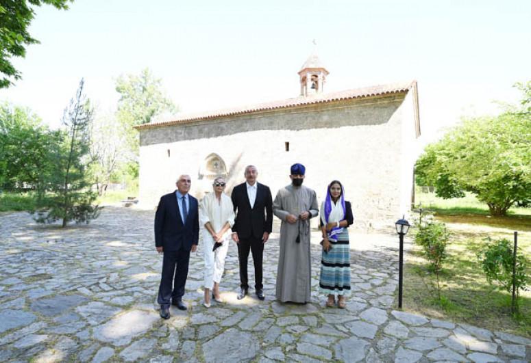 "President Ilham Aliyev visited secondary school No 1 and Saint Elisæus Jotaari Church in Nij settlement, Gabala-<span class=""red_color"">UPDATED</span>"
