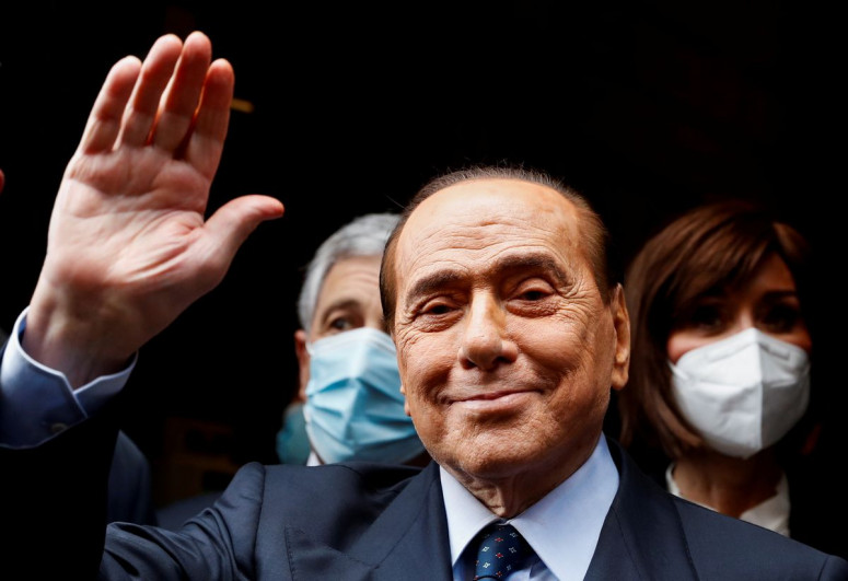 Former Italian PM Berlusconi slips out of hospital unseen