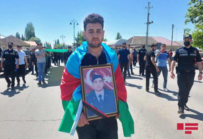 Azerbaijani serviceman, killed as a result of violation of state border, laid to rest in Tovuz-<span class=