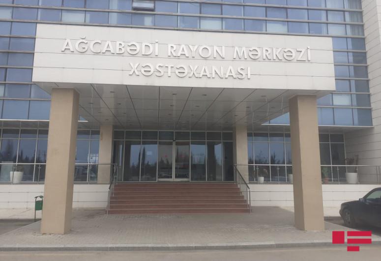 2 killed, 3 injured as car crash into tree in Azerbaijan