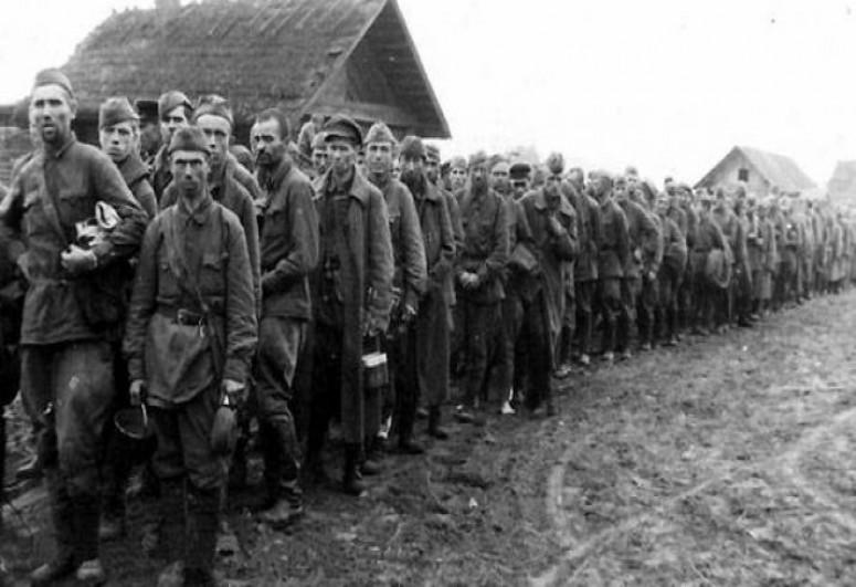 Минск намерен добиваться признания геноцида белорусов