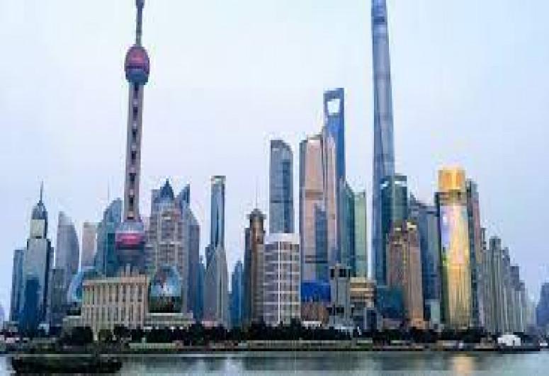 В Шанхае вооруженная ножом женщина ранила пятерых человек