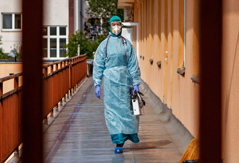 Ukraine reports 2,136 new coronavirus cases