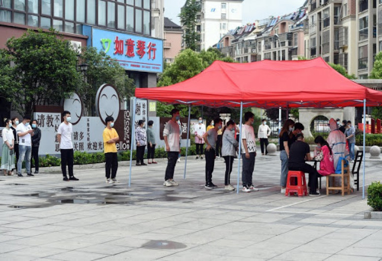 Chinese city raises COVID-19 alert level in 4 neighborhoods