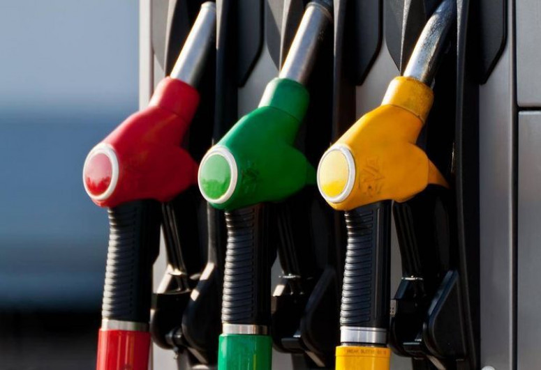 В Азербайджане увеличились доходы от розничной продажи автомобильного топлива