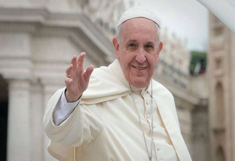 Pope Francis receives Iranian FM