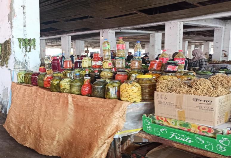 Yevlaxda bazarda nöqsanlar aşkarlanıb