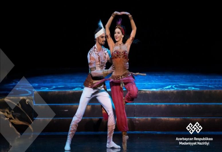 Beynəlxalq Balet Festivalı Fikrət Əmirovun