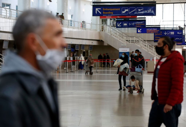Algeria cancels plan to reopen land borders
