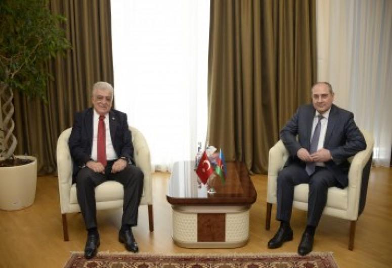 Tahir Budaqov Şamil Ayrımla görüşüb