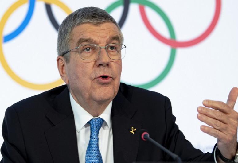 Глава МОК Томас Бах отложил поездку в Токио