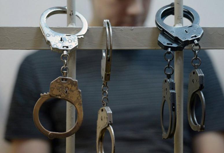 Принято  решение  об  аресте  задержанных  должностных  лиц  Главного таможенного управления Баку