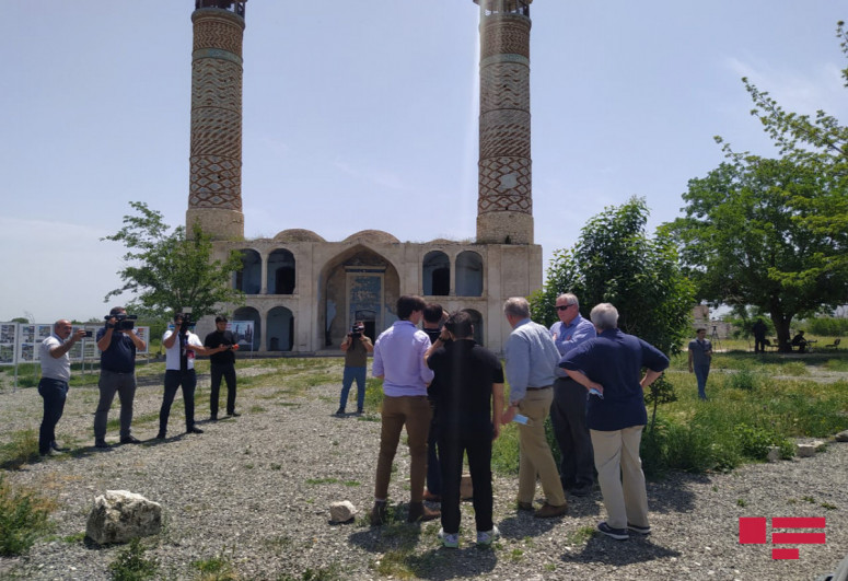 """Visit of delegation of US Caspian Policy Center to Azerbaijan's Aghdam started-<span class=""""red_color"""">PHOTO"""