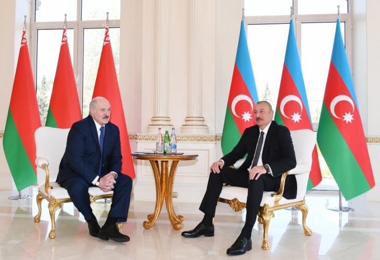 Belarus və Azərbaycan prezidentləri arasında telefon danışığı olub